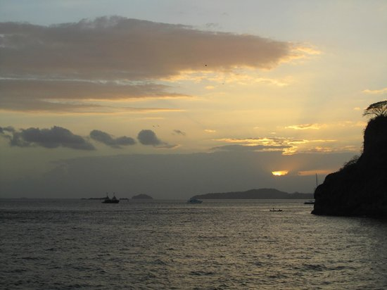 Panama Marine Adventures - Day Tours: Sunset on the way back to the marina.  Ahhhh!