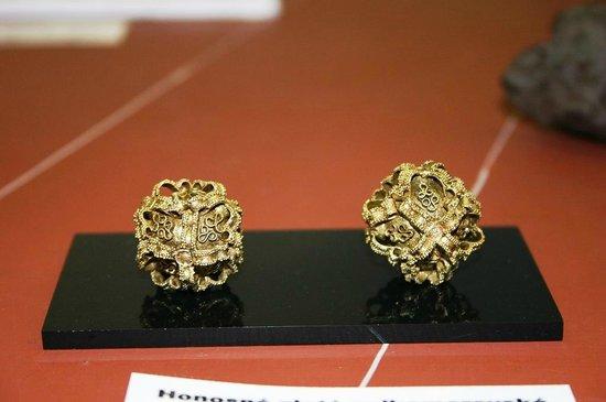 National Museum: Peças em Ouro.