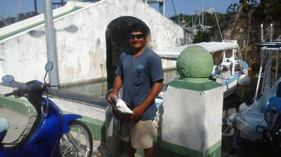 Manta Raya Divers: Look for the bridge to find the Manta Raya