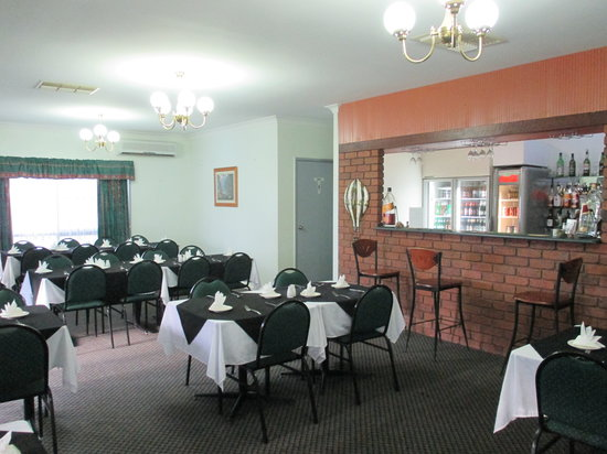 Landsborough Lodge Motel: Restaurant