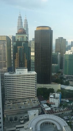PARKROYAL Serviced Suites Kuala Lumpur: day view from room
