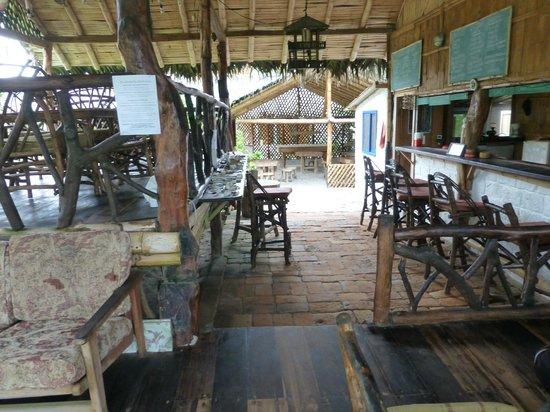 Baloo: Dining/bar area