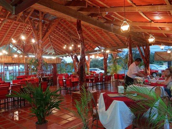 Ceviche del Rey: Comedor