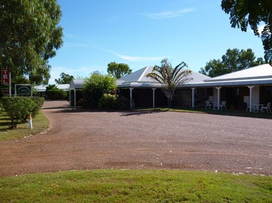 Landsborough Lodge Motel: View of Motel