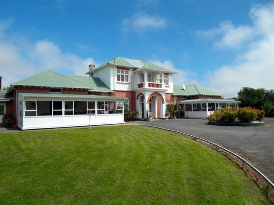 Thomas's Catlins Lodge And Camp Ground: The Catlins YHA