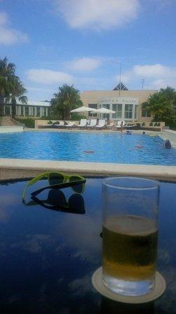 Punta Del Este Resort & Spa: Pool Meeting