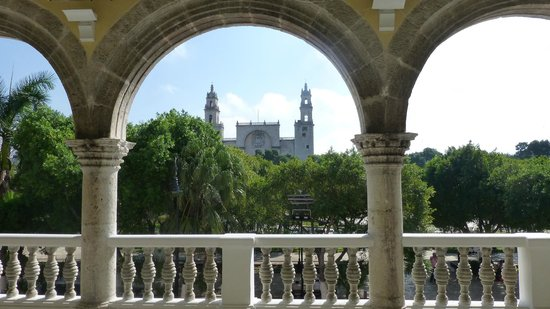 Merida Tourism Office: View of Cathedral from the Gov Bldg