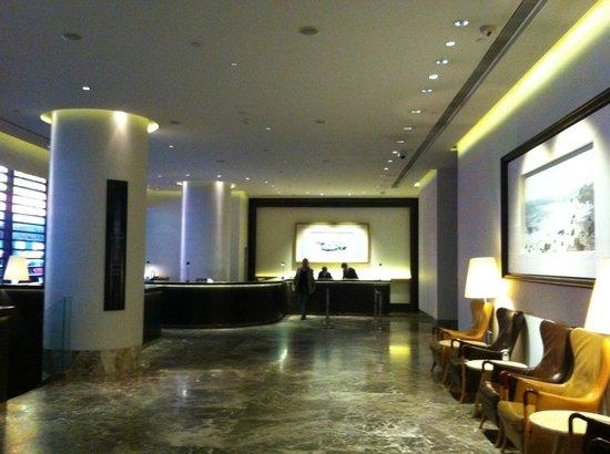 The Empire Hotel Wan Chai: Hotel Lobby