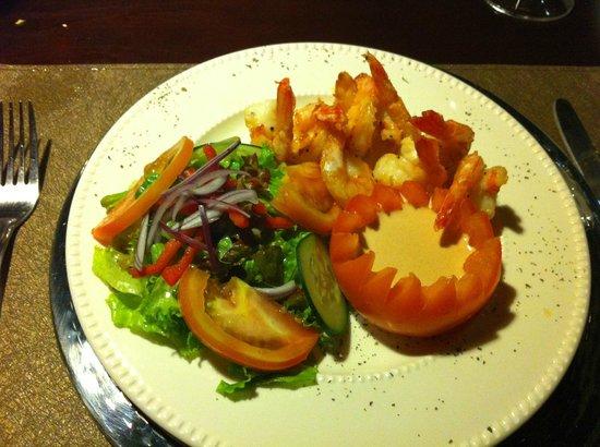 Restaurante La Farola: Our delicous shrimp dinner.