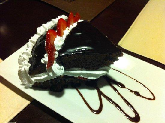 Restaurante La Farola: Delicious chocolate cake dessert