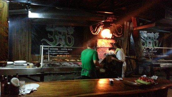 El Lagarto: grill