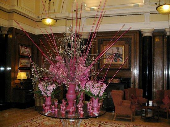 London Marriott Hotel County Hall : The Lobby