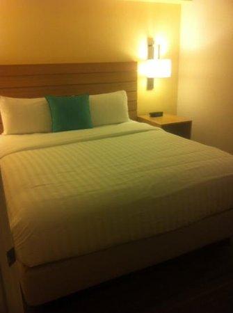 Sonesta ES Suites Orlando : master room