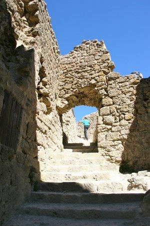 Château de Quéribus : Arrivée à Quéribus