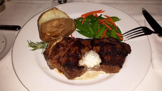 Harris' Steakhouse : Harris' Steak