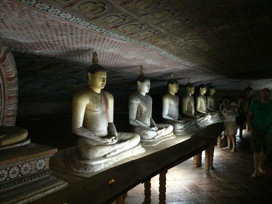 Höhlentempel von Dambulla: Dambulla Rock Caves