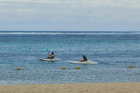 Outrigger Mauritius Beach Resort : Kayaking