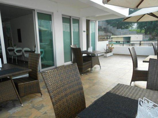 Hostal Marina Real: HOTEL