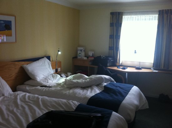 Holiday Inn Express Newport : chmabre spacieuse et agréable