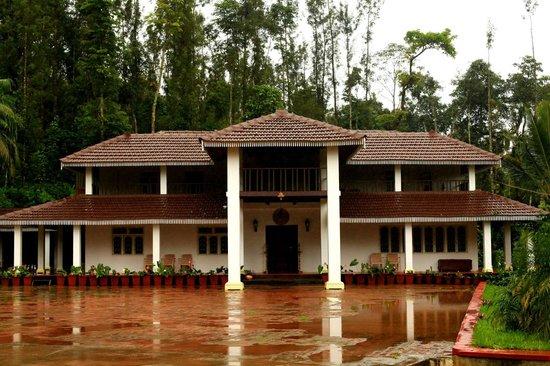 Chandramukuta Home Stay
