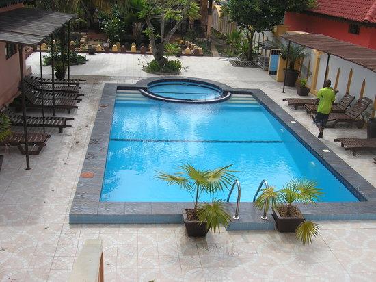 Arabian Nights Hotel : Swimming Pool