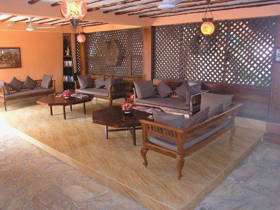 Arabian Nights Hotel : Lobby