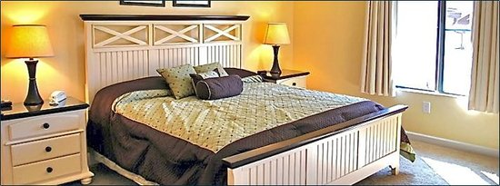 Anchorage I & II: Bedroom