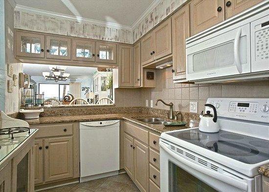 Anchorage I & II: Updated Kitchens