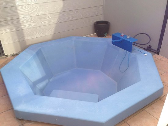 ألبين موتيل آند كونفرنس سينتر: Private Spa Pool