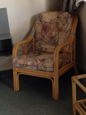 Alpin Motel and Conference Centre: Chair in Unit