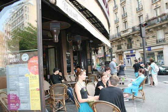 Hasil gambar untuk cafe de la poste paris