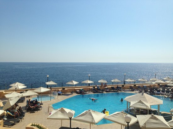 Radisson Blu Resort, Malta St Julian's: Бассейн