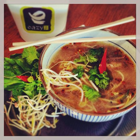 Eazy To Go: Vietnamese Beef noodle soup - Pho Bo