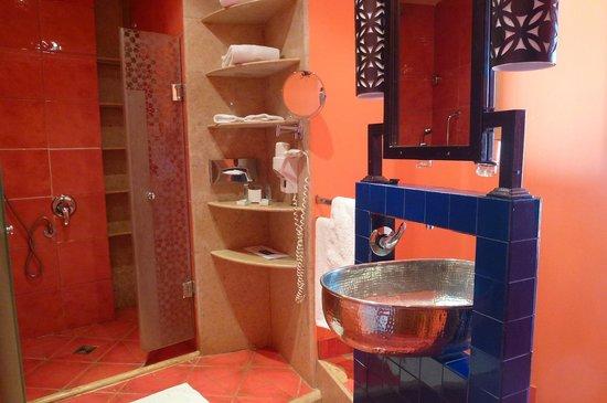 Ibis Styles Dahab Lagoon Hotel: ocean view room bathroom