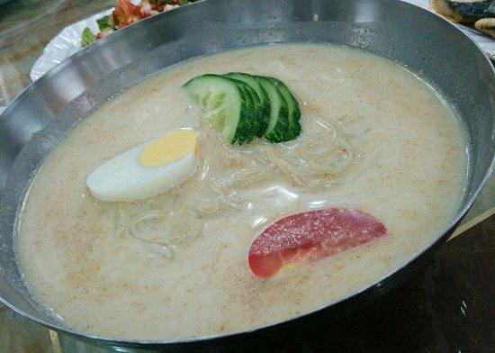 Pyongyang Restaurant: Cold bean noodle soup