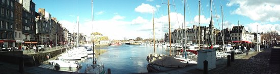 Le Vieux Bassin : Picture Perfect
