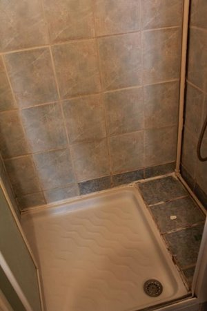 Hipotel Sacre Coeur Olympiades : in the bathroom