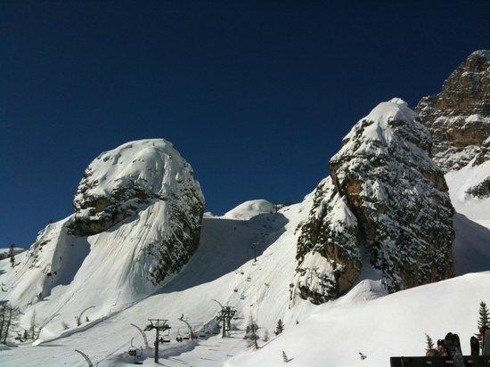 Rifugio Duca D'Aosta: Torrioni di Pomedes