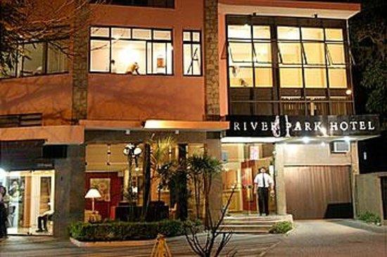 Hotel River Park