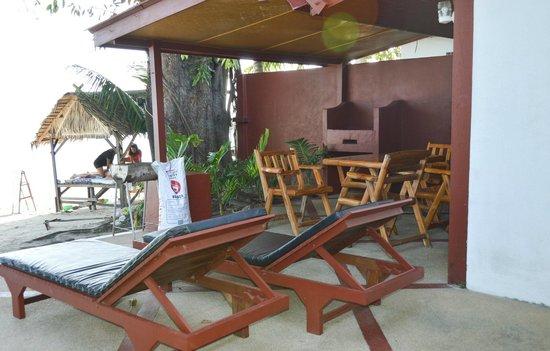 Seaview Paradise Resort Hotel: Терраса