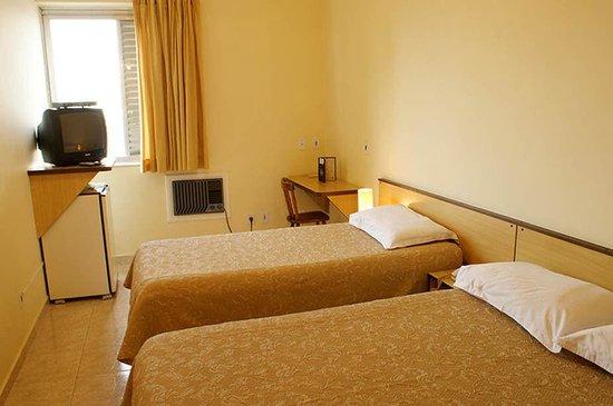 안치쿠 플라자 호텔