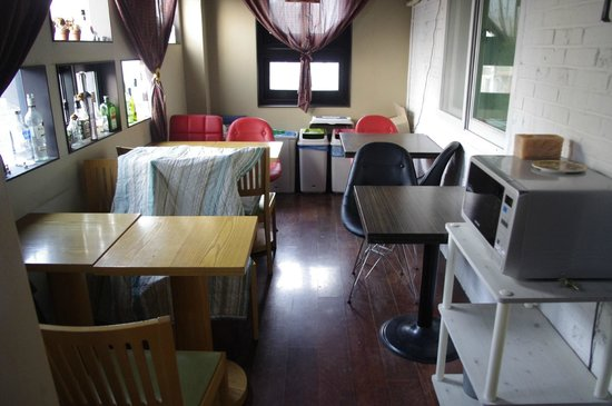 Come Inn Guesthouse: Dinning area