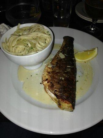 The Barge Inn: Sea Bass & Pasta - Immense