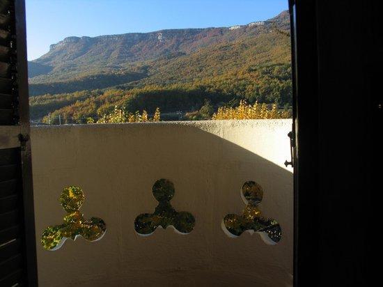 Hotel can Garay: Habitación 4 con balcón y vistas al Far