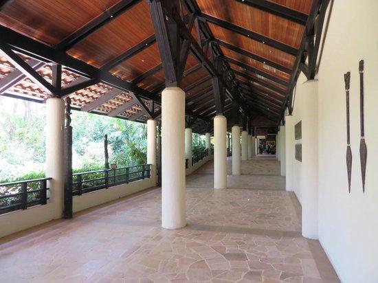 Shangri-La's Tanjung Aru Resort & Spa : Open Lobby Area