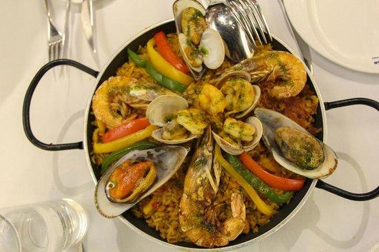 Antonio Restaurant: Paella