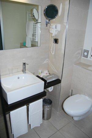 Hotel Mercure Siracusa Prometeo : Baño