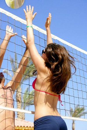 Premier Le Reve Hotel & Spa (Adults Only): Beach Volly ball