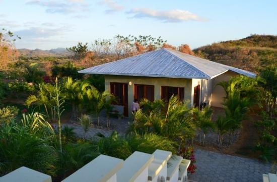 Soma Surf Resort: our cabana