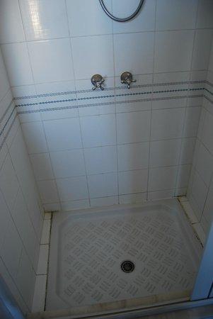 Hotel Sicilia : Baño